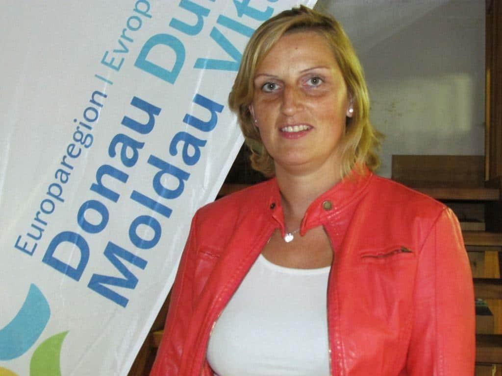Romana Sadravetz