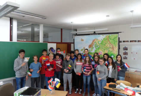 Schulbesuch in der Mittelschule Rheindorf