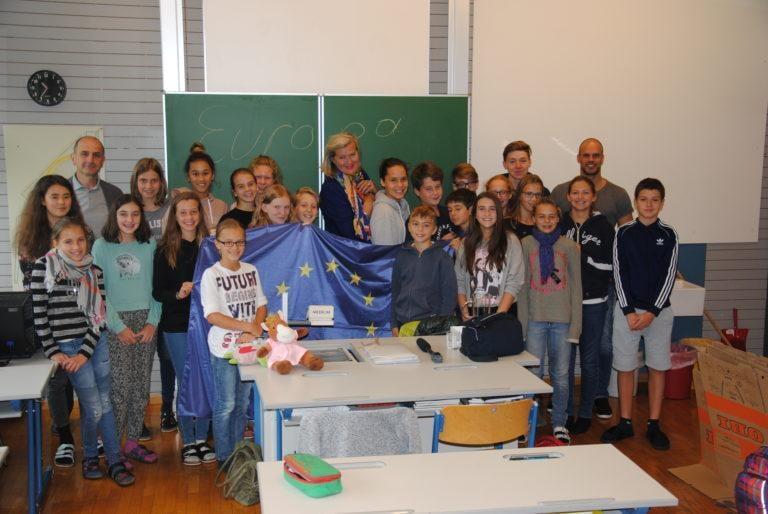 Botschafterin Ursula Plassnik besucht Europaklasse