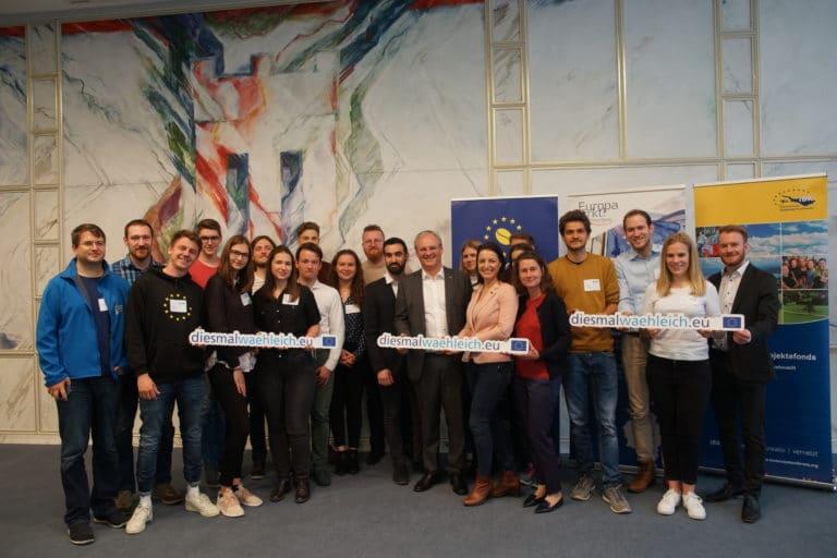 Treffen der Jungen Europäischen Föderalisten im Landhaus in Bregenz