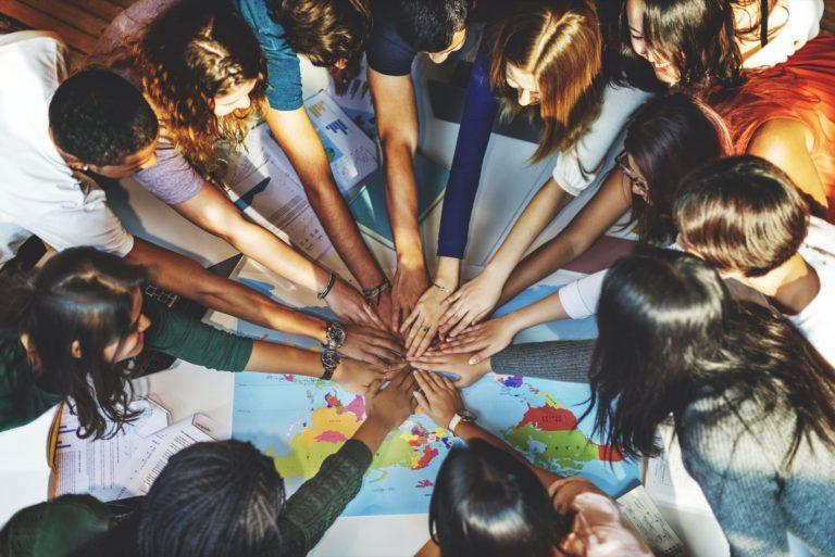 Europäische Kommission ergreift Maßnahmen zur Förderung der Jugendbeschäftigung