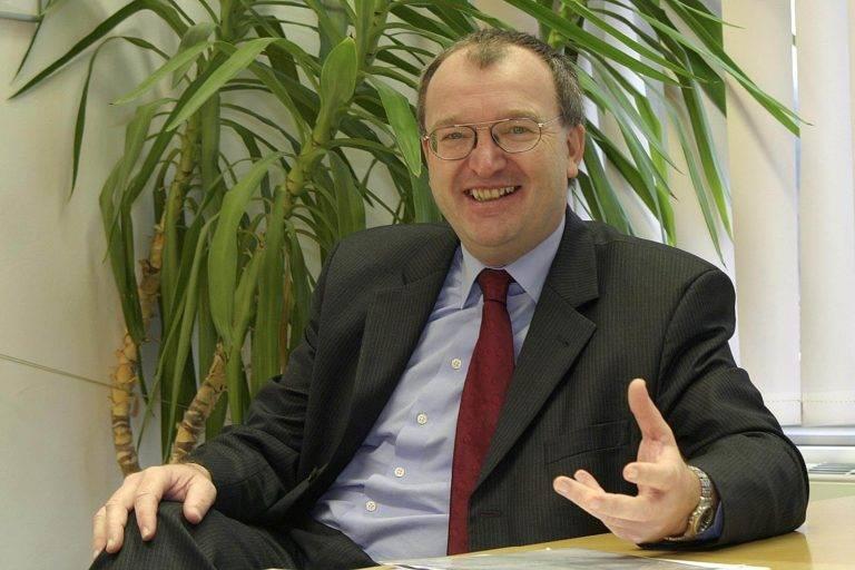 Dr. Ernst Wurz