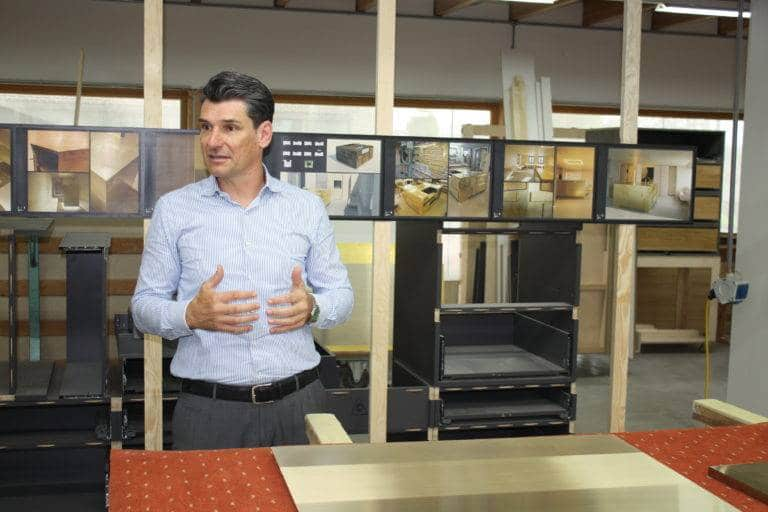 Jürgen Krämer präsentiert sein Unternehmen